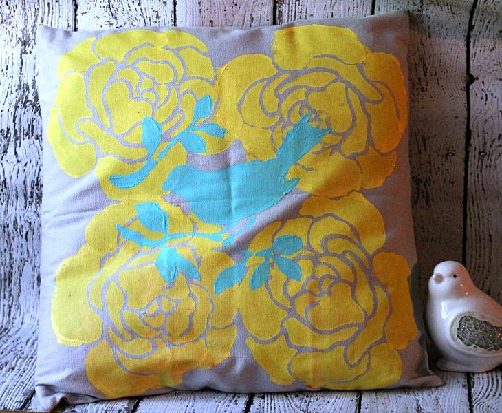 DIY Stenciled Pillow