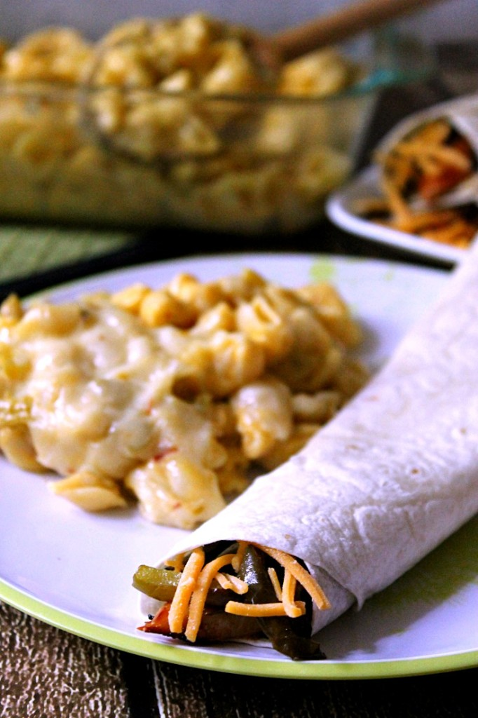 Roll Into Savings with Cheesy BBQ Chicken Tacos and Spicy Shells and Cheese #RollIntoSavings #CollectiveBias