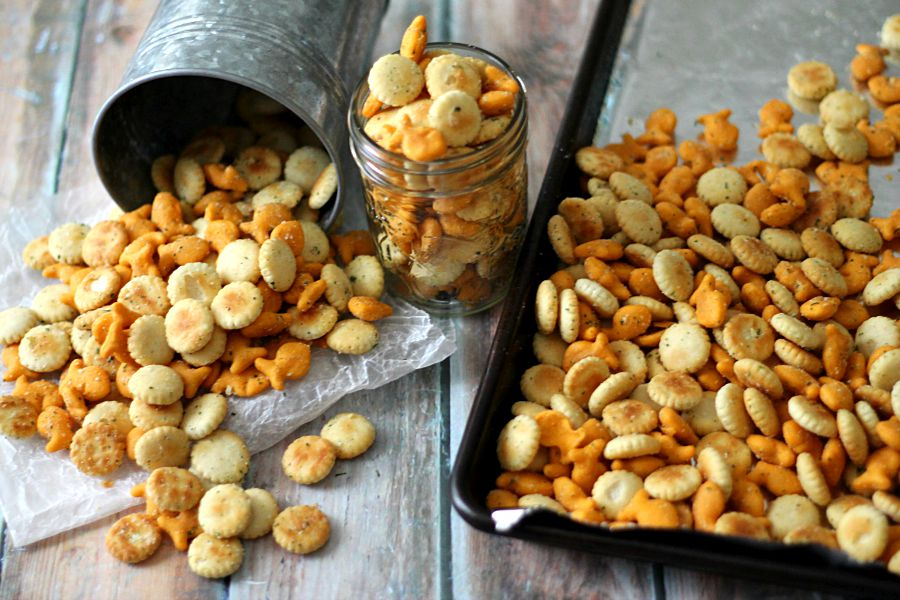 Ranch Goldfish, so easy and delicious!