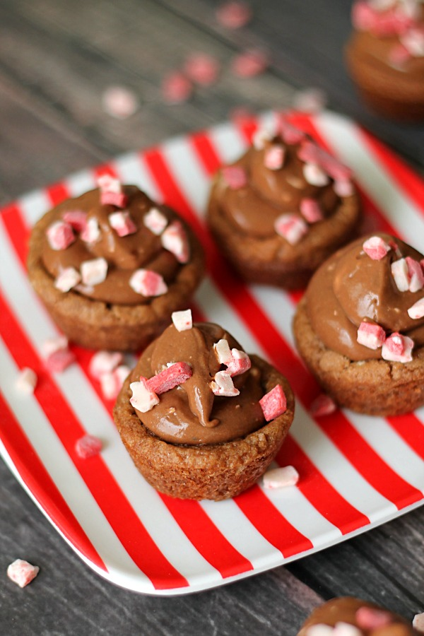 Peppermint Chocolate Cookie Bites